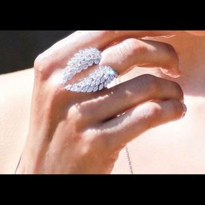 Angel wings promise ring